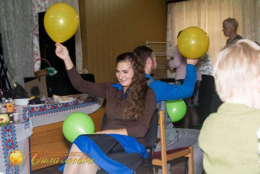 Фотография веселых конкурсов на 17 годовщине в Киеве