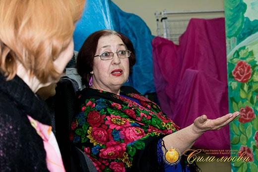 Обсуждение фильма на женском клубе в Киеве фотография