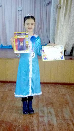 Карнавальный костюм снегурочки на детском клубе 6 января фотография