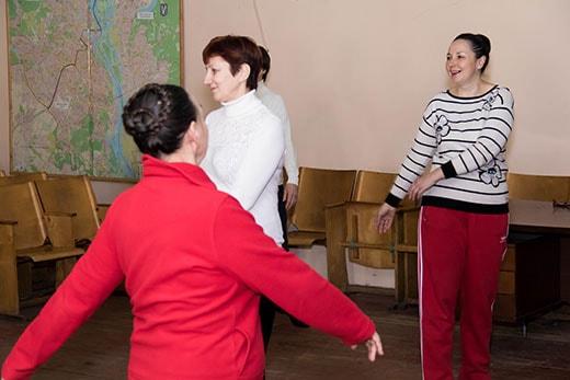 Зарядка на клубе здоровья в Святошинском районе Киева 17.02.2018 фото
